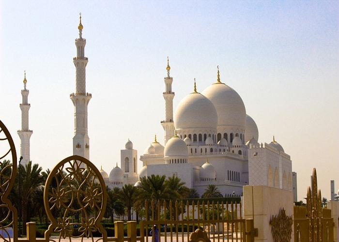 abu dhabi city tour from dubai, sheikh zayed mosque tour, desert safari dubai