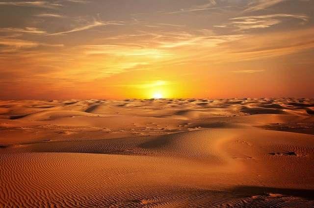 sunset pictures in dubai desert