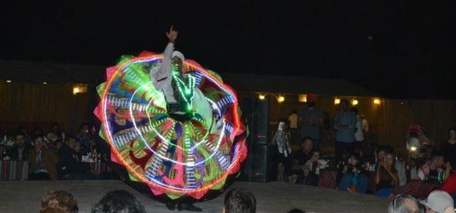 tanoura dance desert show
